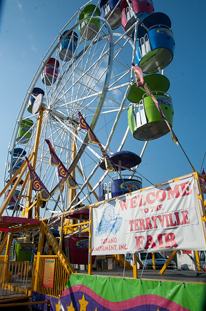 08/24/18 Wesley Bunnell | Staff A Welcome to the Terryville Fair sits next to the Ferris Wheel on opening day Friday afternoon.