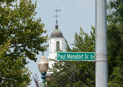 08/15/18  Wesley Bunnell | Staff  A street sign for Paul Manafort Drive near the CCSU campus which was recently renamed Paul Manafort Sr Drive.