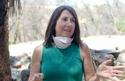 Lisa Kasza speaks Thursday about her experience dealing with insurance companies after her home was damaged in the Camp Fire in Paradise. (Matt Bates -- Enterprise-Record)