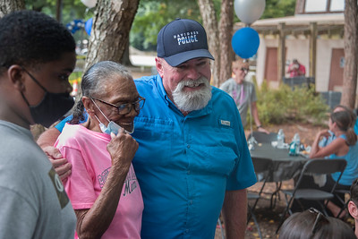 Mayor Rusty Knox and Mrs. Evelyn Carr at National Night Out. Bill Giduz photo