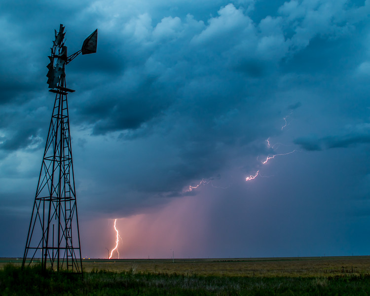 Thunderstorm on the Plains