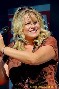 Stacie Roper - Hey Romeo - CFCW Wheely Big Summer Wind-up 082
