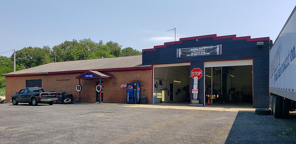 Commercial Garage currently leased