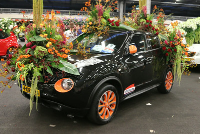 20140808-MB-Flower Parade Show Flora (26)
