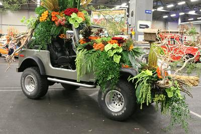 20140808-MB-Flower Parade Show Flora (3)