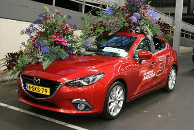 20140808-MB-Flower Parade Show Flora (4)