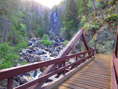 OK, Lower Fish Creek Falls - time for most people to turn around.