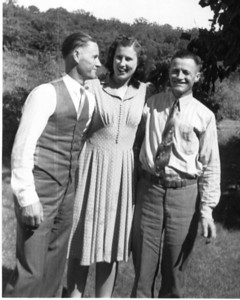 Late '30s for early '40s - probably same day as previous shot.   L-R: Boyd, Marylou & Earl.