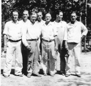 Mid to late '30s.  L-R: Milt, Carson, Grandpa Jamie, Russell, Earl, Woody & Boyd.