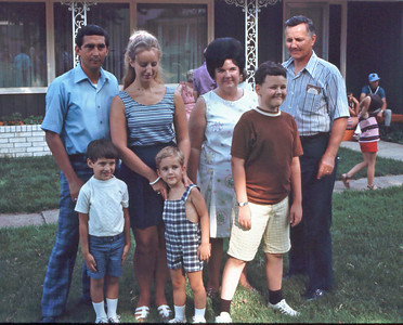 Rose Anne & Vincent Richter and John & Pat Jamison with kids.