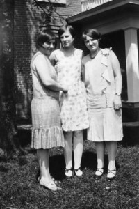 Sisters. L-R: Ruth, Marylou & Ethyl at home.  Late '20's.