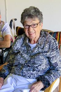 Aunt Vicki's 90th 07 2011-10