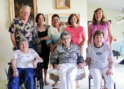 Aunt Vicki's 90th 07 2011-9