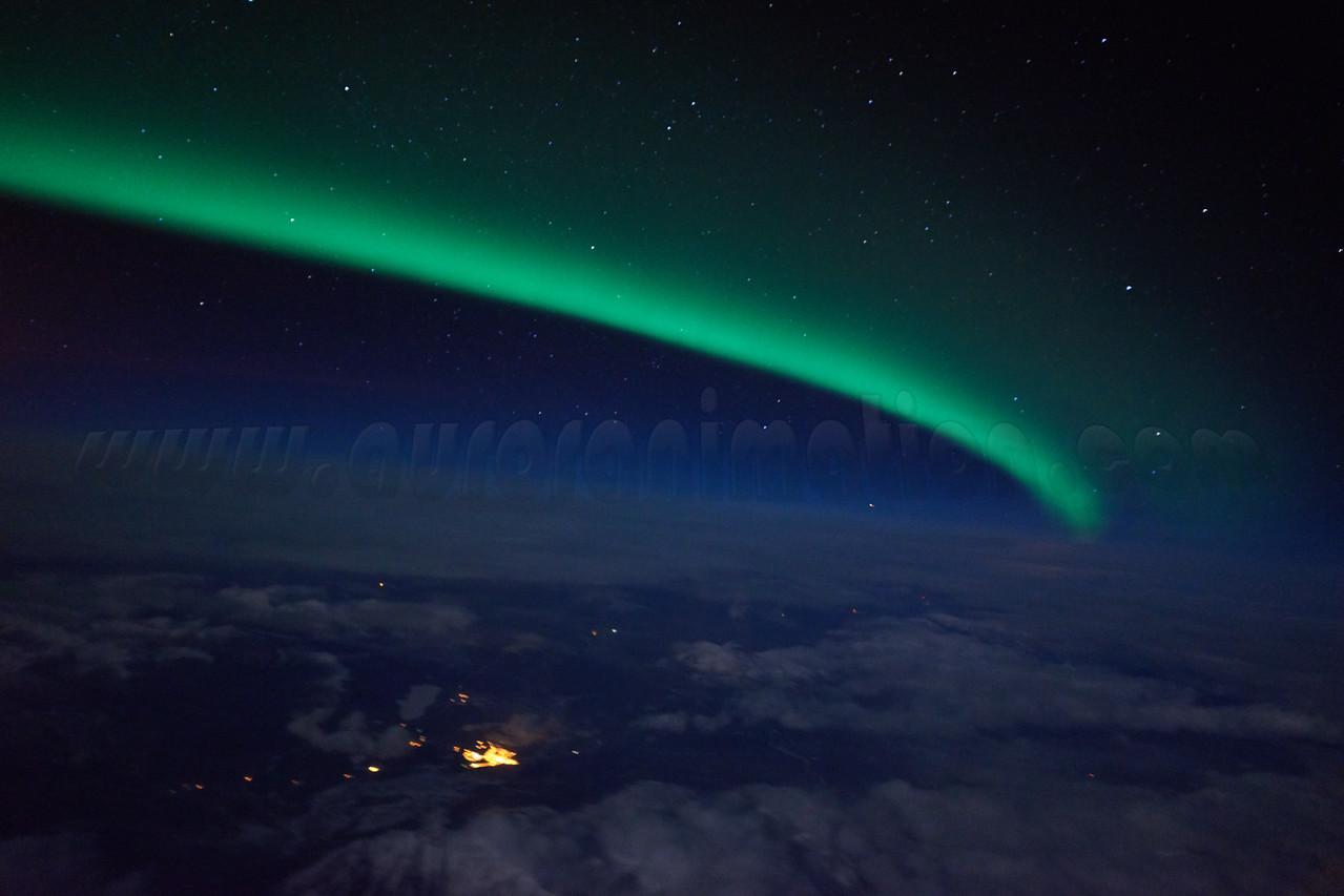 Bright and active auroral display at 12:42 AM