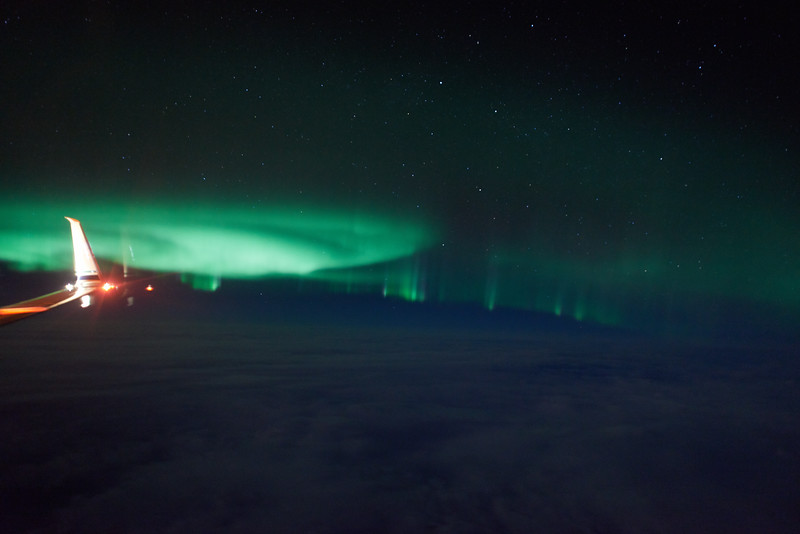 Auroral curtains at 01:01 AM on March 27, 2013