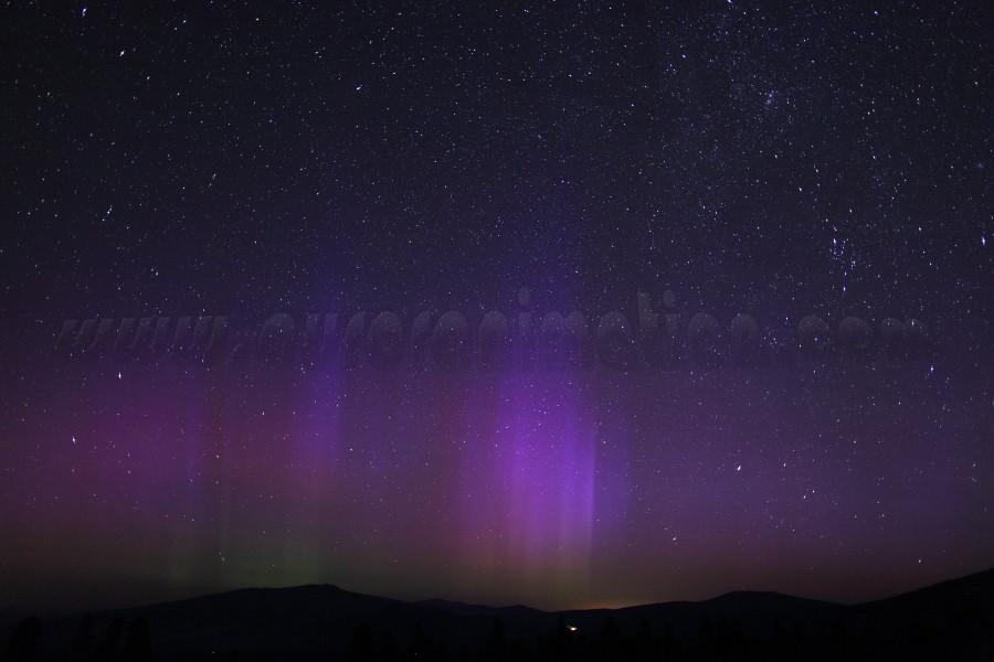 Aurora Borealis in California:  Mt Shasta on July 15 2012