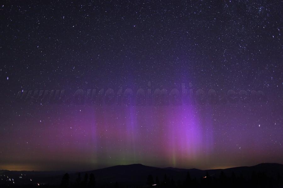 Northern Lights in California: Mt Shasta on July 15 2012
