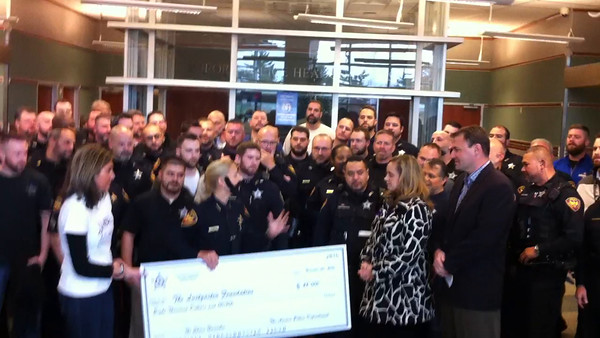 Aurora Police raise $8,000 for pancreatic cancer research