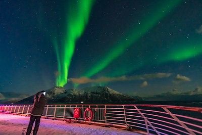 Auroral Curtains at Sea (Oct 19, 2019 v2)
