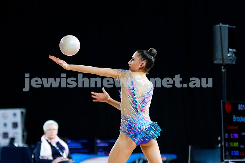 2018 Australian Gymnastics Championships. Hisense Arena, Melbourne. Alexandra Kiroi-Bogatyreva. Rhythmic Gymnastics, Senior International. Ball. Photo: Peter Haskin