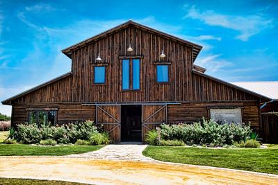 Lone Oak Barn 8092015 0112