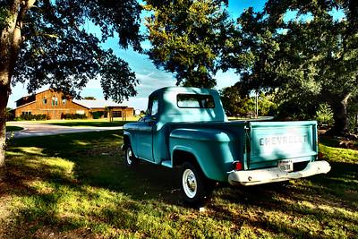 Lone Oak Barn 100916-12