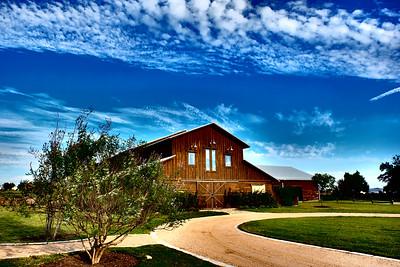 Lone Oak Barn 100916-17