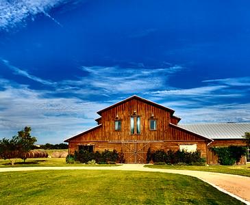 Lone Oak Barn 100916-08