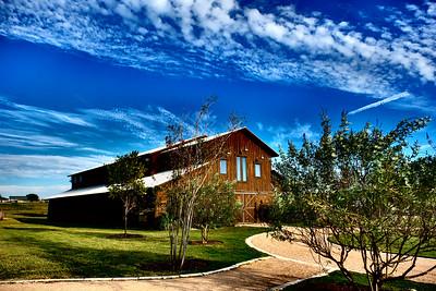 Lone Oak Barn 100916-16