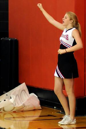 10/16/09 AHS junior varsity cheerleaders