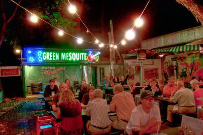 austin-restaurant-night