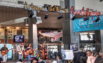 austin-airport-musicians
