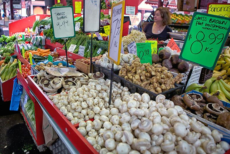 Victoria Market|20140214|01-59-31|IMG_8138|©derekrigler2014
