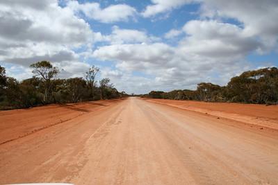 road from Mildura.JPG