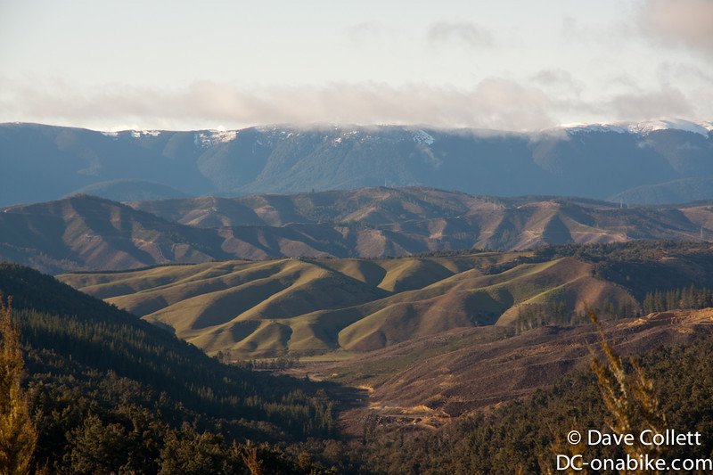 Looking east to Richmond Ranges