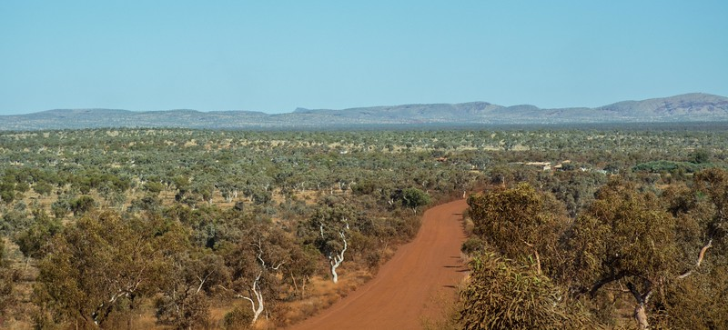 Red Dirt and the Zen of Outback Travel