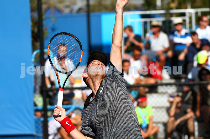 19-1-15.  Australian Open 2015.  Dudi Sela on his way to a five set first round win against  Germany's Jan-Lennard Struff 6-4 4-6 3-6 6-3 7-5 . Photo: Peter Haskin