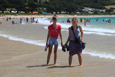 Marta i Ola na plaży - chyba najbardziej plaskiej jaką kiedykowliek widzialem