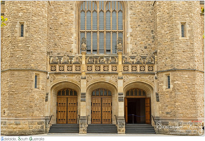 The entrance of Bonython Hall of the University of Adelaide