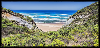 A lovely view point overlooking the bass straight somewhere on the way from apollo bay to 12 apostles, great ocean road