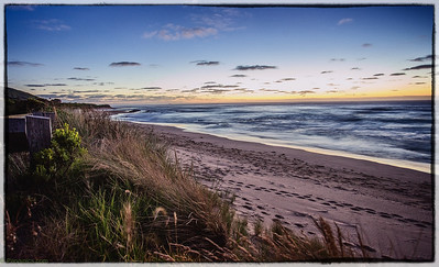 A beautiful sunrise coming over apollo bay