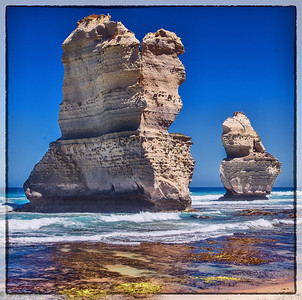 The rocks and the ship... well thats what the seond one loks like tpo me ;), Gibson steps, great ocean road