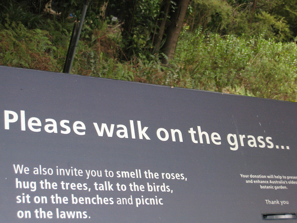 Signs at the Botanical Gardens in Sydney