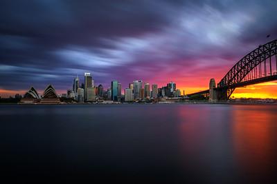 Sunset skyline of Sydney with Harbour Bridge