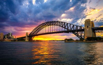 Sunset above Harbour Bridge in Sydney