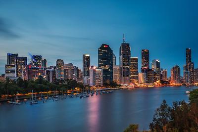 Night skyline of Brisbane city and Brisbane river from Kangaroo Point