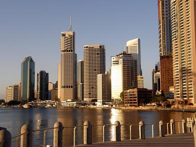 Walking along the Brisbane River - November 2007 pt 1