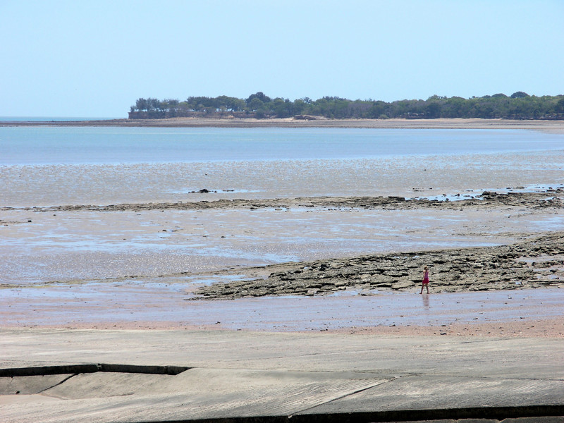 Tide going down - Fannie Bay