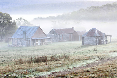 Coolamine Homestead Mist, Kosciusko National Park, NSW, Australia