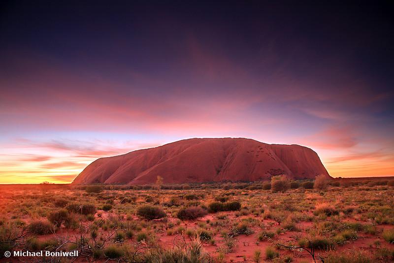 Ayers Rock (Uluru), Sunrise, NT, Australia